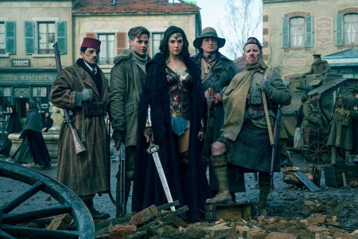 La historia detrás de la fotografía de Wonder Woman en Bélgica