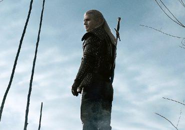 The Witcher estrena tráiler con Henry Cavill