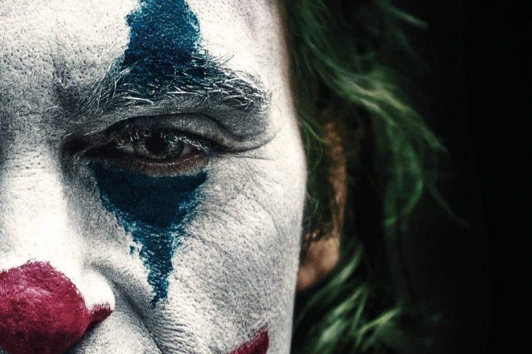 ¡Se desata la locura en Gotham con los nuevos pósters de Joker!