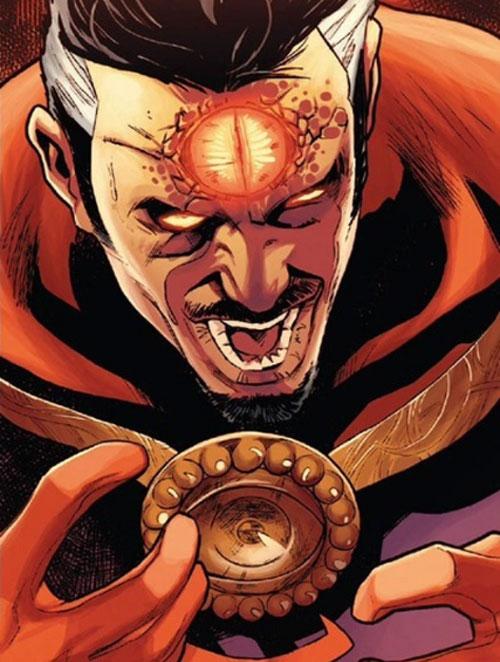 Doctor Strange utilizando en Ojo de Agamotto.
