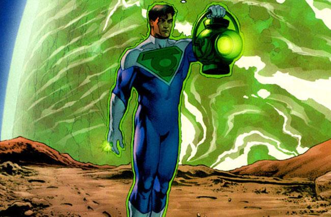 Kal-El con el anillo de Green Lanern.