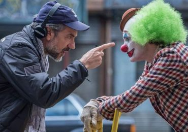 Todd Phillips dirigiendo a Joker