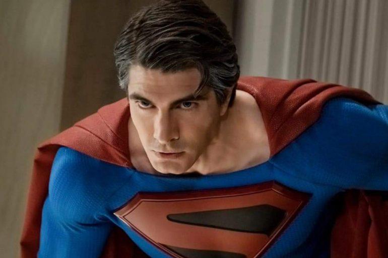 Brandon Routh es impactante como Superman en Crisis on Infinite Earths