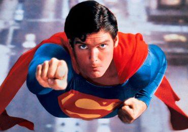 La capa del Superman de Christopher Reeve rompió récord en subasta