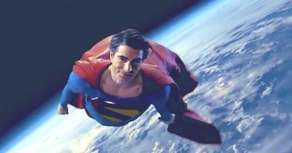 Crisis rinde homenaje al Superman de Christopher Reeve