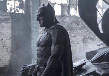 Así de poderoso se vería el traje del murciélago en Batman v Superman