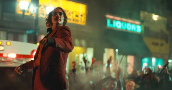 Joker (Joaquin Phoenix) es arrestado en Washington