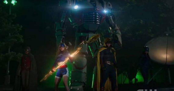 Primer vistazo a la Justice Society of America y adelanto de Stargirl