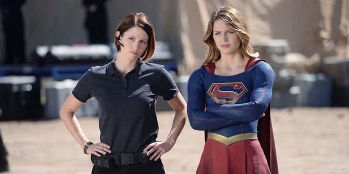 Supergirl festeja con fotografías especiales la transmisión de su episodio 100