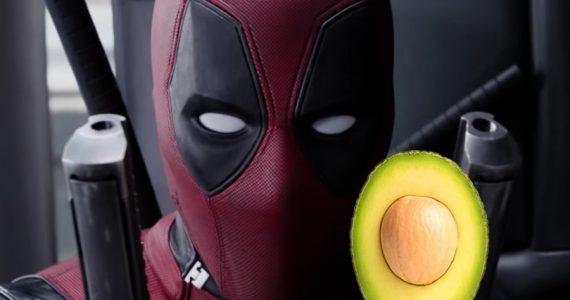 Deadpool festeja el cuarto año de su estreno ¡Con aguacates!