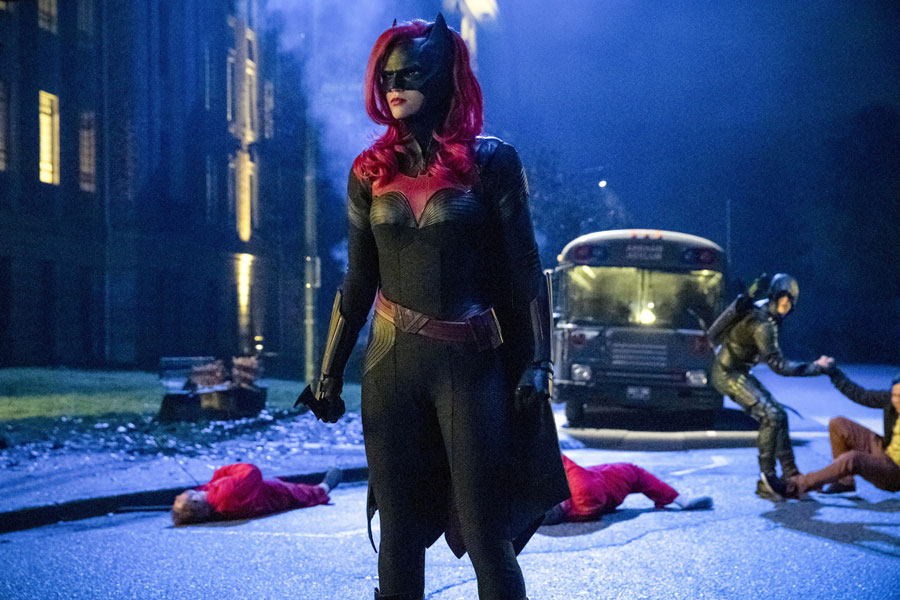 Flash, Batwoman y Lucifer detienen sus producciones por el Coronavirus