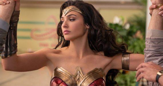 Wonder Woman 1984 sacude a los malosos en una impresionante foto