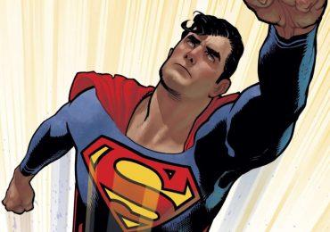Moldea tu cuerpo al estilo de Superman con esta rutina de ejercicio