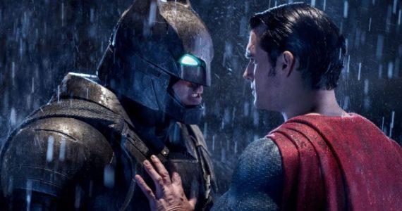 Akiva Goldsman revela detalles de la fallida película Batman v Superman