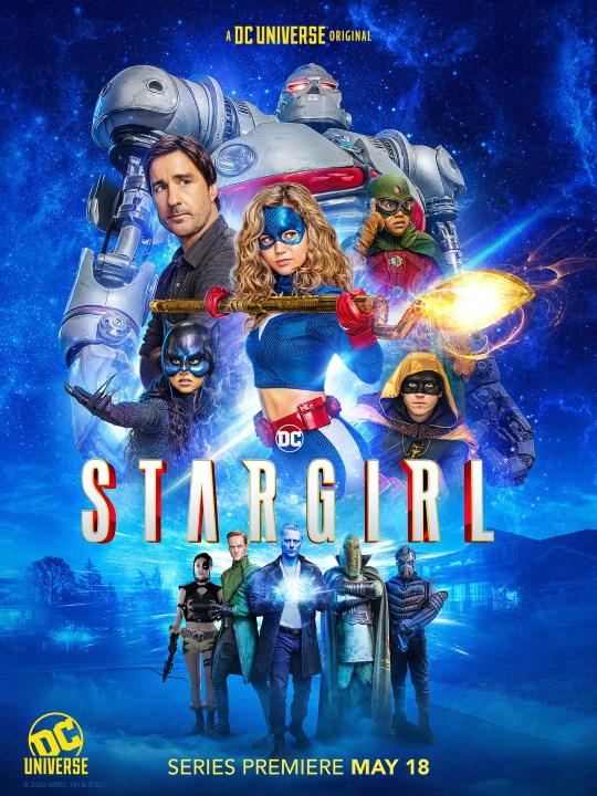 Descubre a más amenazas y aliados de Stargirl en nuevas imágenes