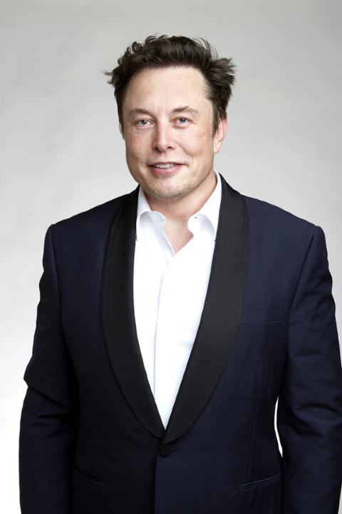 ¿Por qué Elon Musk dejó de construir su casa como Iron Man?