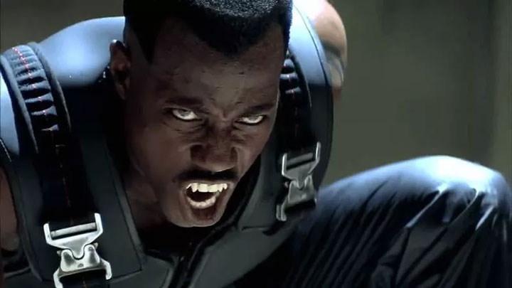Video: Wesley Snipes aceptó dar entrevistas ¡Caracterizado de Blade!