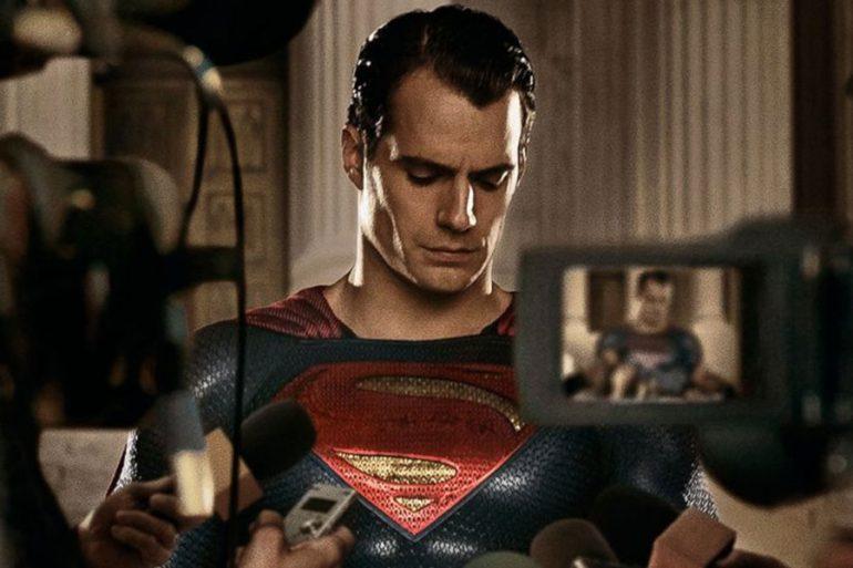 ¿Henry Cavill ya firmó su regreso cómo Superman?