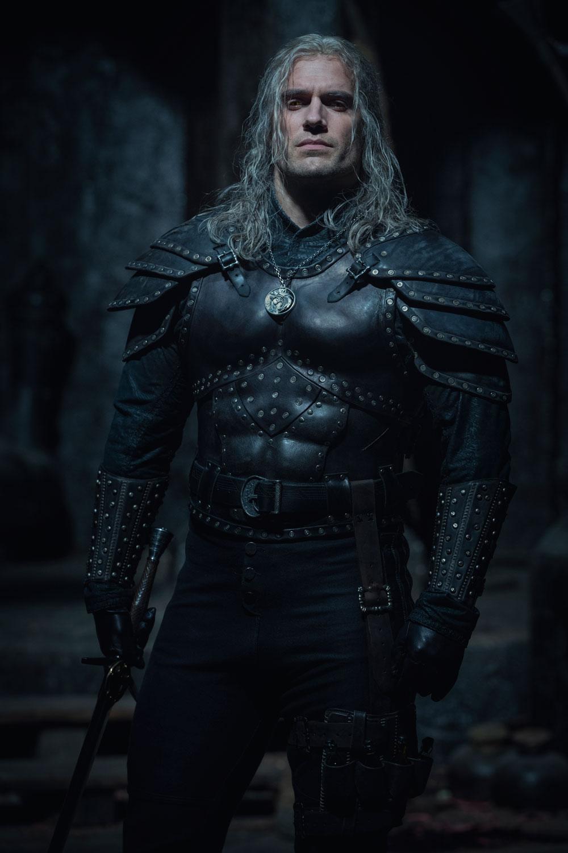 The Witcher: para la temporada 2, Henry Cavill estrena armadura