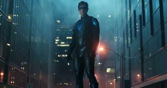 Nightwing se presenta en las grabaciones de la tercera temporada de Titans