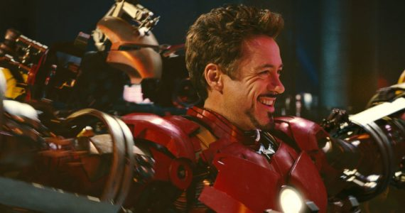 Robert Downey Jr. se convierte en Iron Man, Hechicero Supremo