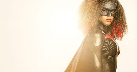Javicia Leslie comparte nuevo video con el traje de Batwoman