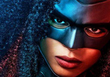 Batwoman presenta un nuevo y brutal póster de su temporada 2