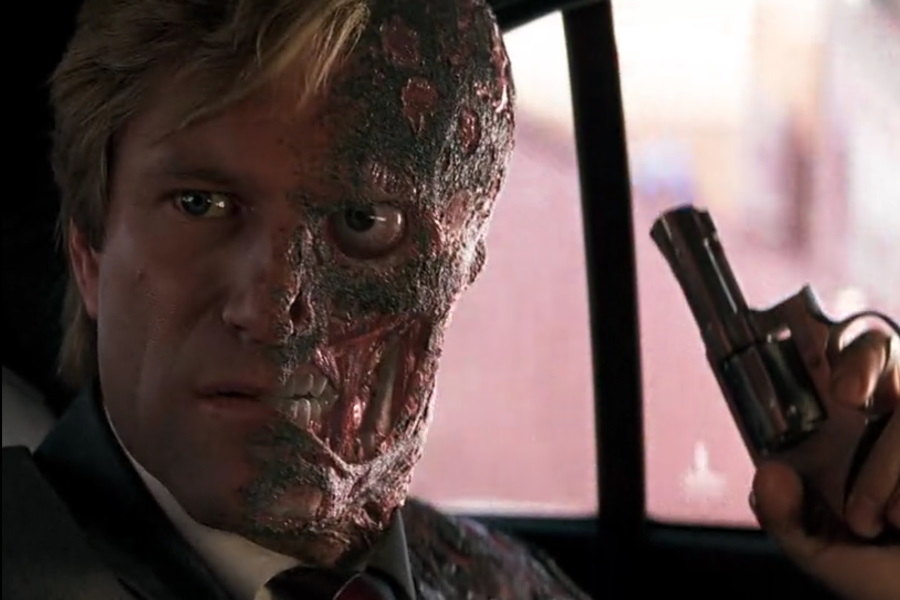 Two-Face hubiera actuado de manera diferente en The Dark Knight
