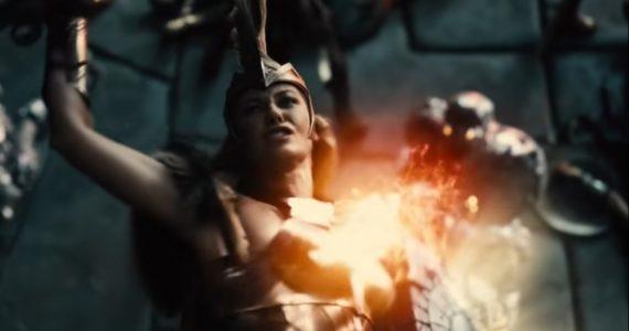 Las Amazonas estarán en su máximo esplendor en Justice League, asegura Connie Nielsen