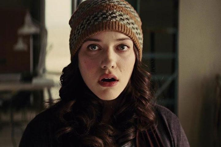 Kat Dennings como Darcy Lewis en WandaVision