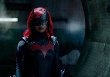 Batwoman: ¡Éstas son las fotos del primer episodio de la segunda temporada!