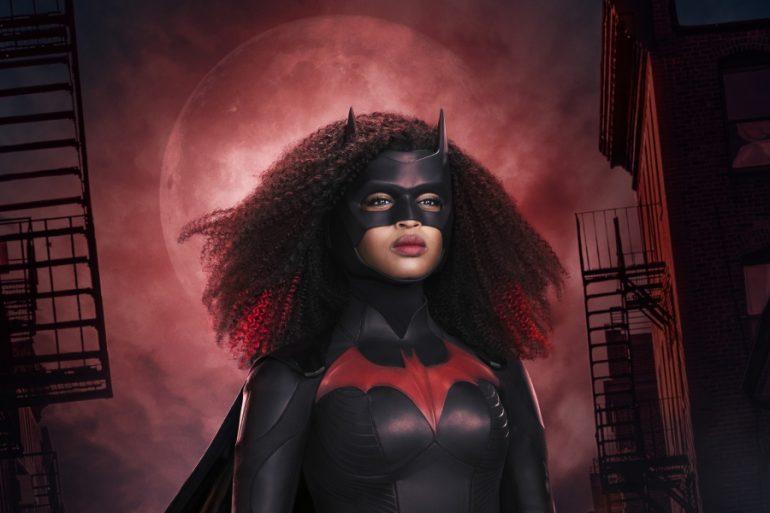 ¿Qué cambios presentará el nuevo traje de Batwoman?