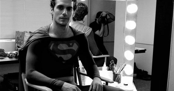 "Zack Snyder afirma con foto inédita: ""Henry Cavill es Superman"""