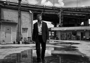 Hasta Wolverine se vacuna contra el COVID-19, Hugh Jackman recibe su primera dosis