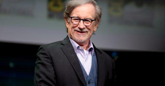 ¡La película de Steven Spielberg con DC Comics sigue en proceso!