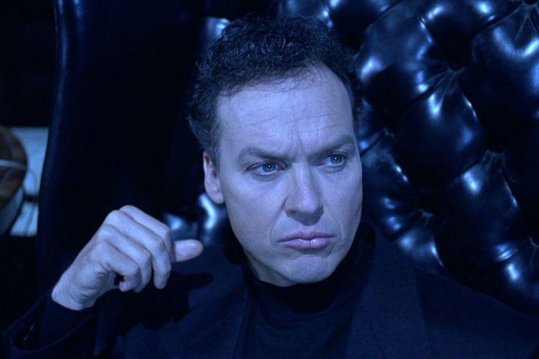 Un medio afirma que Michael Keaton firmó para tres películas más de DC