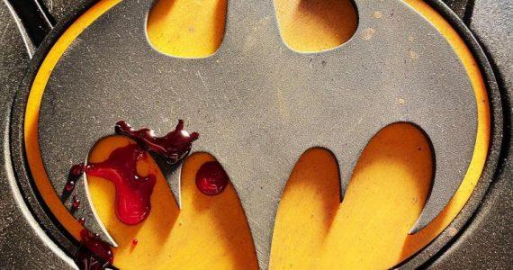 The Flash: Andy Muschietti devela el aspecto del traje de Batman