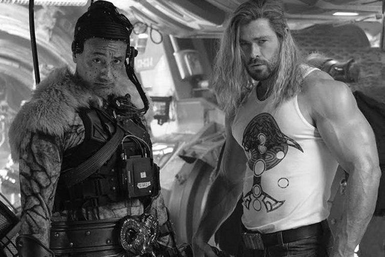Así reaccionaron Chris Hemsworth y Taika Waititi al final de la filmacion de Thor: Love and Thunder