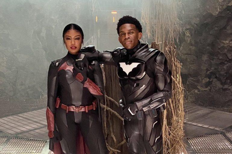 Batwoman y Batwing comparten foto especial desde el set